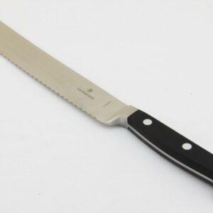 Кухонный нож Victorinox 7.7173.21 кованый рукоять нейлон