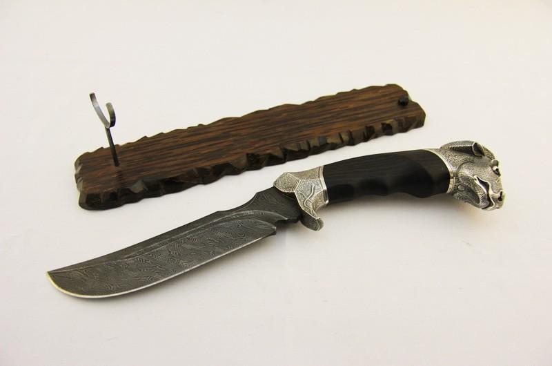 Нож авторский Буйвол на подставке 4
